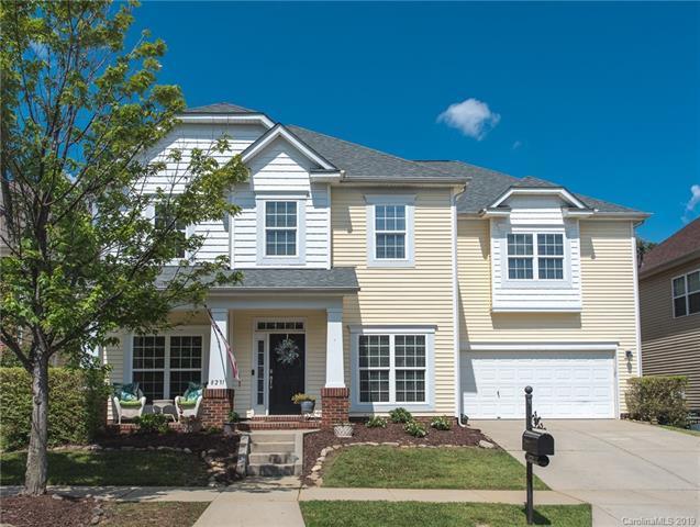 8231 Cottsbrooke Drive, Huntersville, NC 28078 (#3521461) :: Rinehart Realty