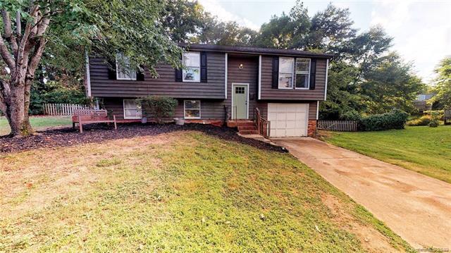 8542 Glenway Court, Charlotte, NC 28226 (#3521500) :: High Performance Real Estate Advisors