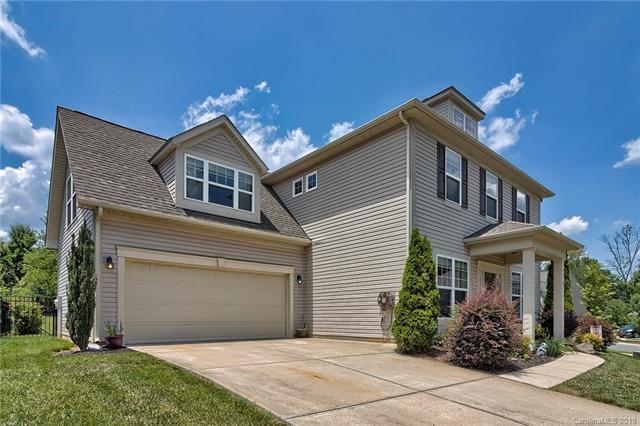 15702 Gallant Ridge Place, Huntersville, NC 28078 (#3521507) :: Odell Realty