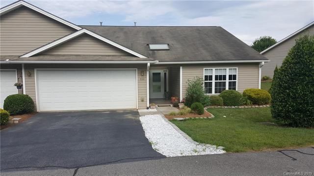 239 Castle Creek Drive #401, Waynesville, NC 28786 (#3521546) :: Carlyle Properties