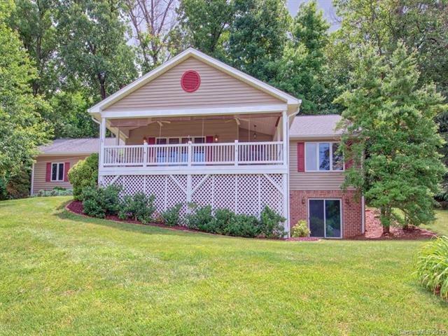 100 Banbury Court, Waynesville, NC 28786 (#3521560) :: Carlyle Properties