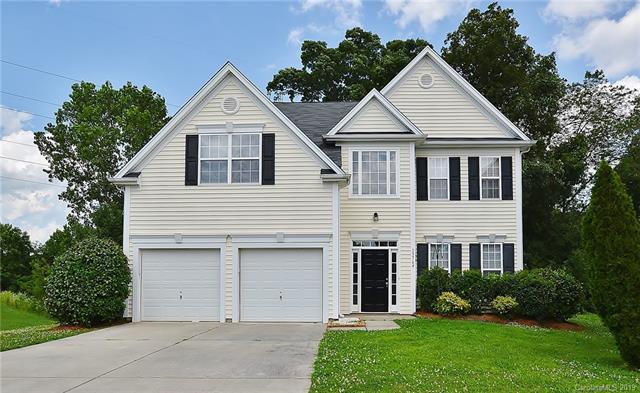 13764 Rutherglen Court, Charlotte, NC 28213 (#3521687) :: MartinGroup Properties