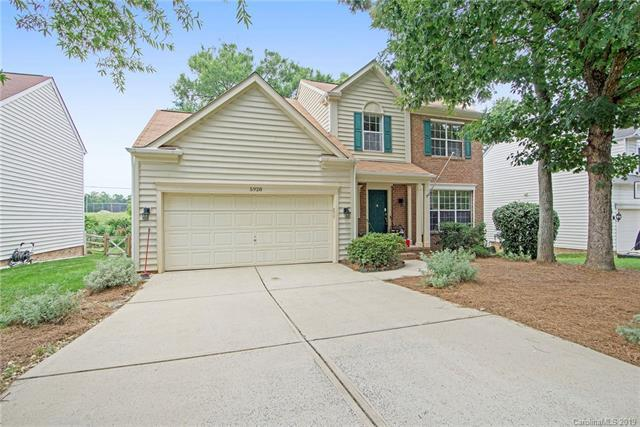 5928 Downfield Wood Drive, Charlotte, NC 28269 (#3521837) :: LePage Johnson Realty Group, LLC