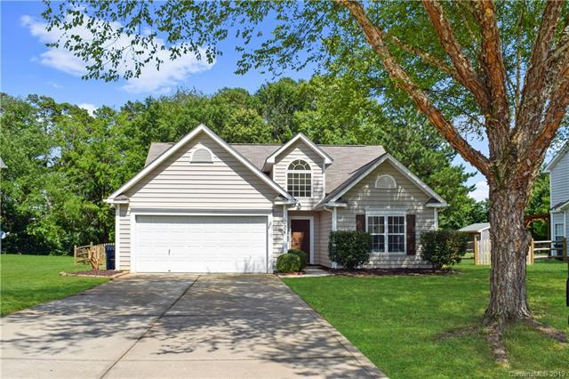 14338 Old Dobbin Drive, Huntersville, NC 28078 (#3521846) :: Odell Realty