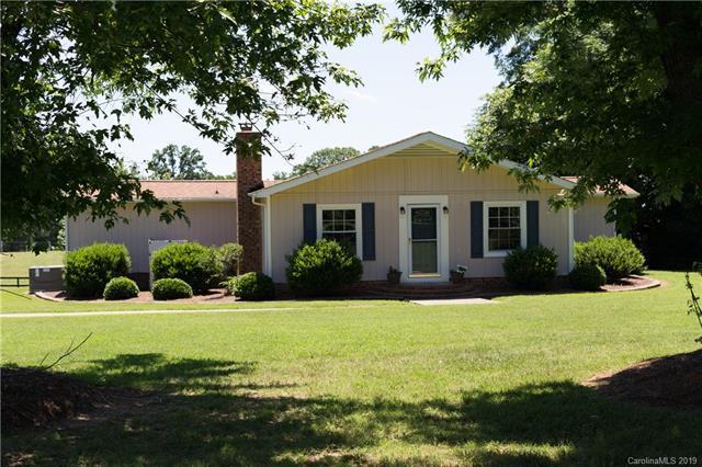 4807 Lon Parker Road, Waxhaw, NC 28173 (#3521874) :: Homes Charlotte