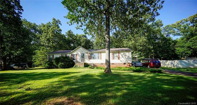 130 Heartwood Lane, Statesville, NC 28625 (#3521876) :: Exit Realty Vistas