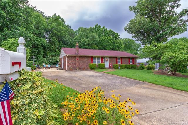 313 Amherst Drive, Kings Mountain, NC 28086 (#3521903) :: LePage Johnson Realty Group, LLC
