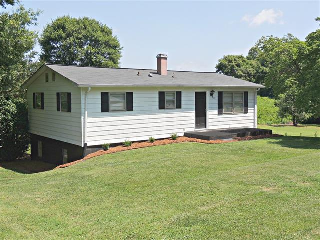505 Thomas Drive, Newton, NC 28658 (#3521967) :: MartinGroup Properties