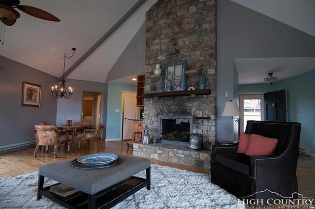 527 Laurel Lane, Newland, NC 28657 (#3522062) :: Stephen Cooley Real Estate Group