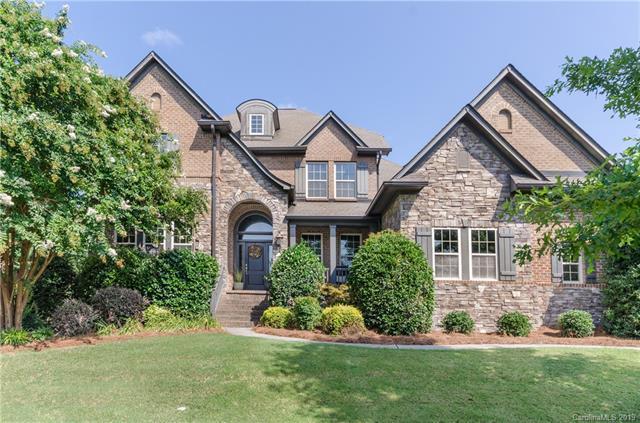 14904 Old Vermillion Drive, Huntersville, NC 28078 (#3522159) :: Besecker Homes Team