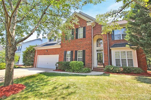 11208 Ridge Oak Drive, Charlotte, NC 28273 (#3522346) :: High Performance Real Estate Advisors