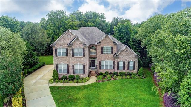8903 Calthorpe Lane, Waxhaw, NC 28173 (#3522375) :: Homes Charlotte