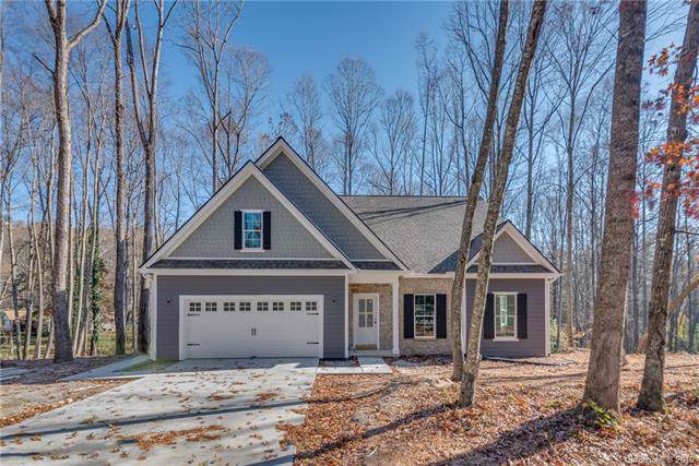 318 Hidden Woods Lane, Hendersonville, NC 28791 (#3522483) :: Roby Realty