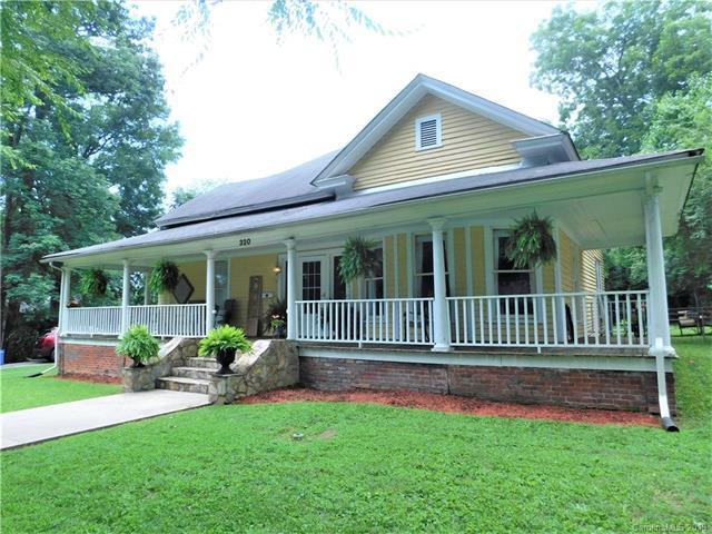 320 S Laurel Street, Lincolnton, NC 28092 (#3522540) :: Cloninger Properties