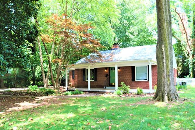 3929 Langhorne Avenue, Charlotte, NC 28205 (#3522552) :: Homes Charlotte