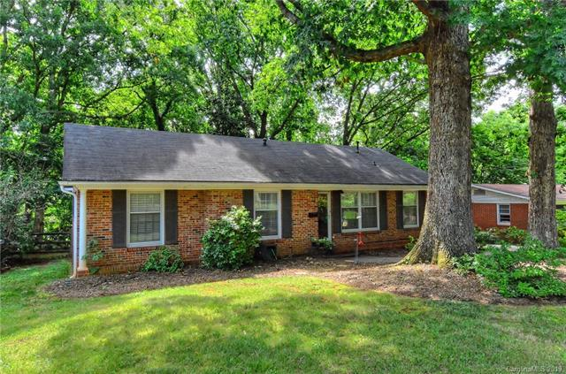 6133 Rosecrest Drive, Charlotte, NC 28210 (#3522597) :: The Andy Bovender Team