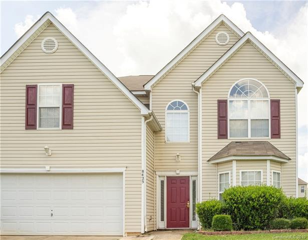 8425 Oak Drive, Charlotte, NC 28269 (#3522647) :: LePage Johnson Realty Group, LLC