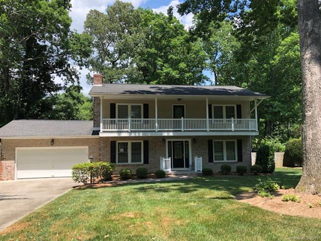 732 Shadywood Lane, Hendersonville, NC 28792 (#3522742) :: RE/MAX RESULTS
