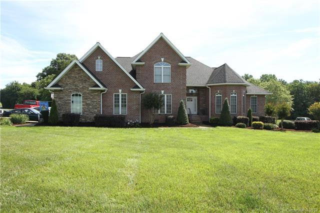 203 Cross Creek Drive, Cherryville, NC 28021 (#3522844) :: Roby Realty