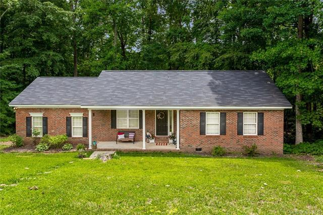 2687 Allison Court, Denver, NC 28037 (#3522846) :: The Elite Group