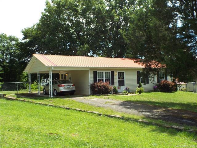 203 Springhill Lane, Maiden, NC 28650 (#3522887) :: LePage Johnson Realty Group, LLC