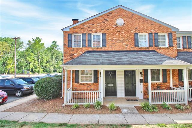 1318 Green Oaks Lane, Charlotte, NC 28205 (#3522914) :: Besecker Homes Team