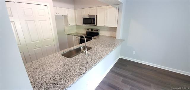 20109 Henderson Road G, Cornelius, NC 28031 (#3523076) :: MartinGroup Properties