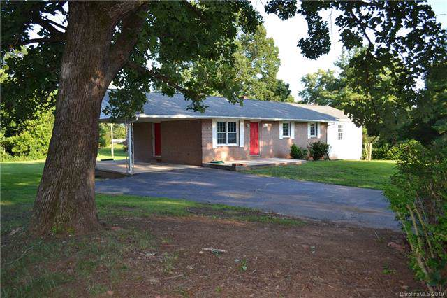 4265 Chambers Chapel Circle, Morganton, NC 28655 (#3523139) :: Rowena Patton's All-Star Powerhouse
