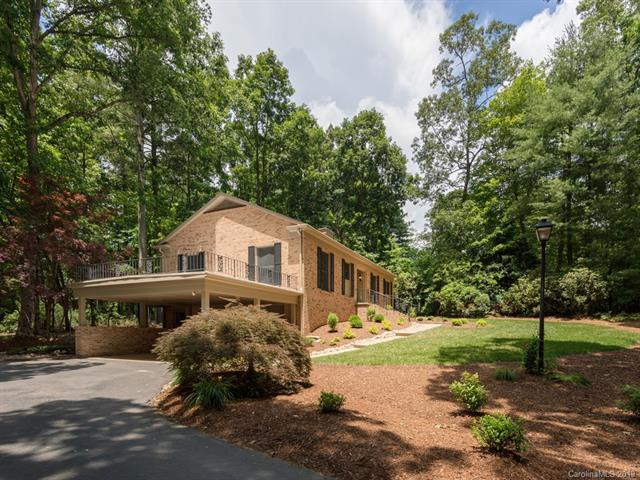 213 Heathcote Road, Hendersonville, NC 28791 (#3523161) :: Keller Williams Professionals