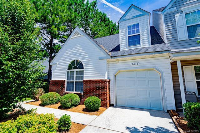 2015 University Heights Lane, Charlotte, NC 28213 (#3523169) :: LePage Johnson Realty Group, LLC