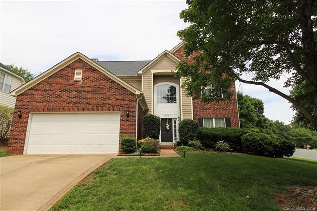 16018 Hollingbourne Road, Huntersville, NC 28078 (#3523205) :: MartinGroup Properties