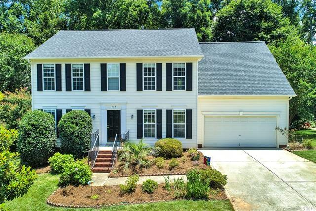 724 Knightswood Road, Fort Mill, SC 29708 (#3523306) :: Besecker Homes Team
