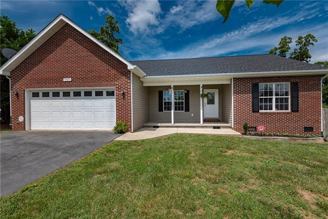 105 Pine Meadows Circle, Hickory, NC 28601 (#3523371) :: RE/MAX RESULTS