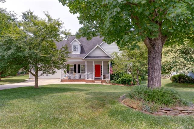 13400 Willow Breeze Lane, Huntersville, NC 28078 (#3523432) :: MartinGroup Properties