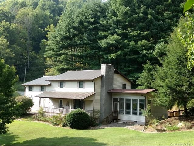 292 Green Meadow Lane, Mars Hill, NC 28753 (#3523436) :: RE/MAX RESULTS