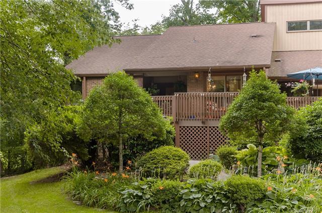 35 Fairway View Drive, Hendersonville, NC 28792 (#3523578) :: Rinehart Realty