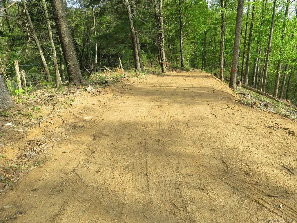 000 Bolens Creek Road, Burnsville, NC 28714 (#3523593) :: Rinehart Realty