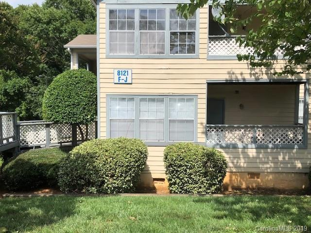 8121 Tremaine Court G, Charlotte, NC 28227 (#3523623) :: Charlotte Home Experts