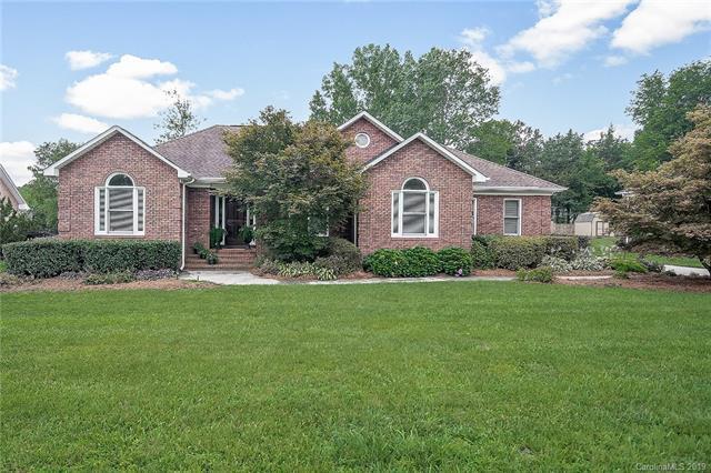 2647 Willis Drive, Harrisburg, NC 28075 (#3523716) :: Charlotte Home Experts