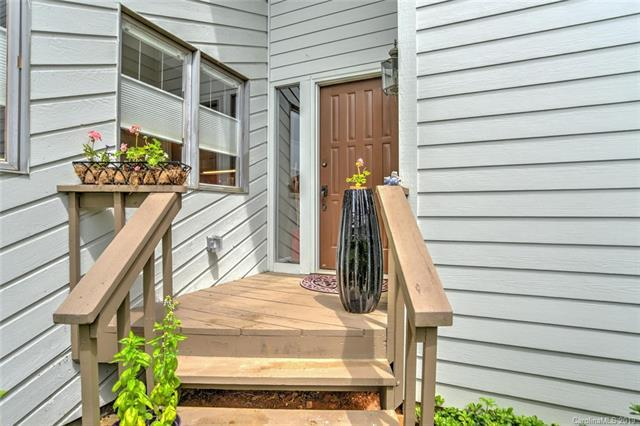 114 Deerlake Drive, Asheville, NC 28803 (#3523929) :: High Performance Real Estate Advisors
