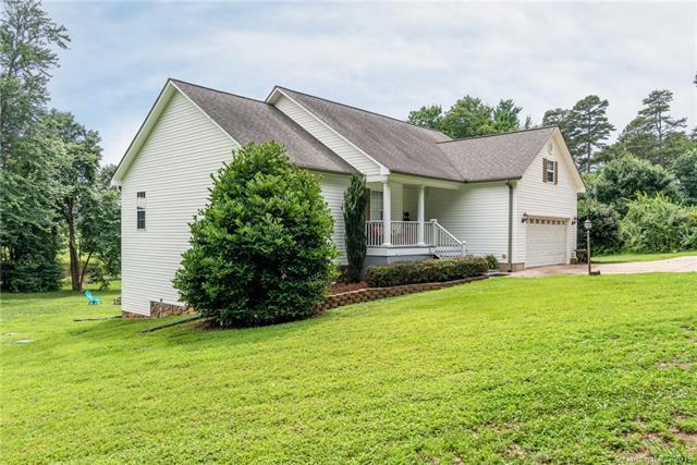 1394 Angela Court, Lincolnton, NC 28092 (#3524083) :: Cloninger Properties