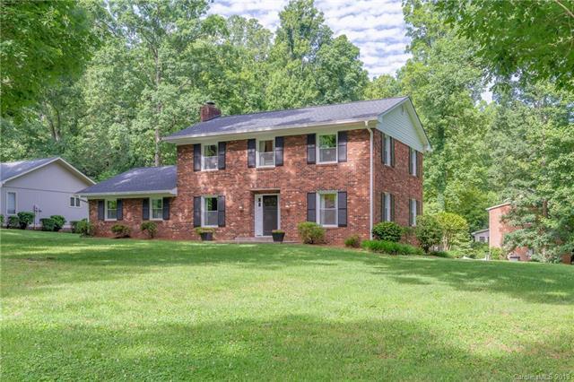 117 Woodsway Lane, Morganton, NC 28655 (#3524155) :: Besecker Homes Team