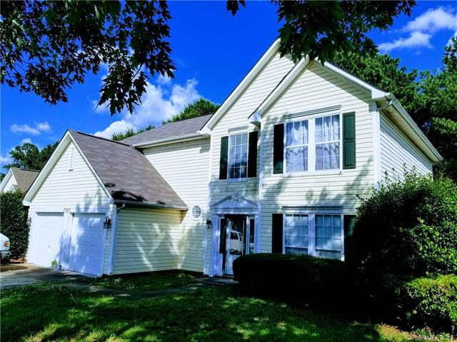 7707 Woodknoll Drive, Charlotte, NC 28217 (#3524165) :: High Performance Real Estate Advisors