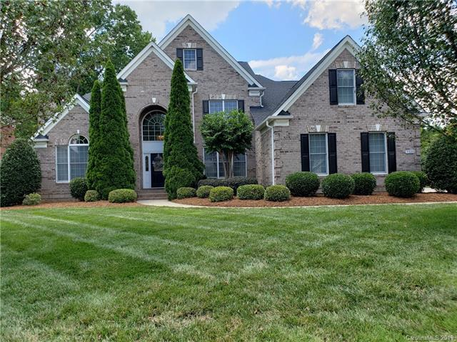 5929 Legacy Circle, Charlotte, NC 28277 (#3524459) :: Roby Realty