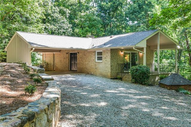3900 Brookwood Road, Charlotte, NC 28215 (#3524502) :: High Performance Real Estate Advisors