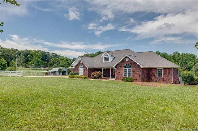 2490 Crowders Creek Road, Gastonia, NC 28052 (#3524656) :: Caulder Realty and Land Co.