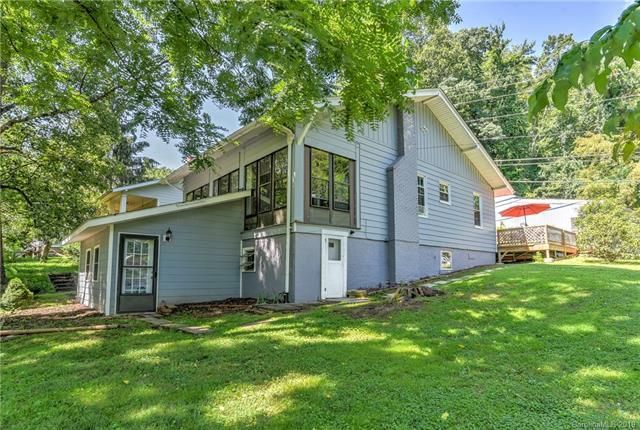 5 Wood Avenue, Asheville, NC 28803 (#3524697) :: Carver Pressley, REALTORS®