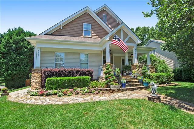 8201 Sandowne Lane, Huntersville, NC 28078 (#3524793) :: High Performance Real Estate Advisors