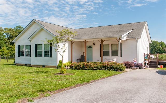 102 Common Ground Drive, Flat Rock, NC 28731 (#3524866) :: High Performance Real Estate Advisors