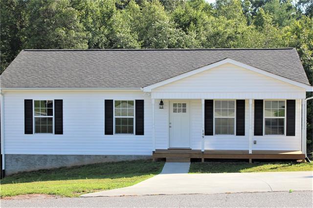 149 Alexander Heritage Drive, Hickory, NC 28601 (#3525181) :: Rinehart Realty